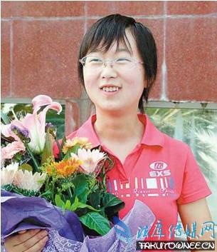 被清华北大退学的学生,李宁宁为何遭北大退学?