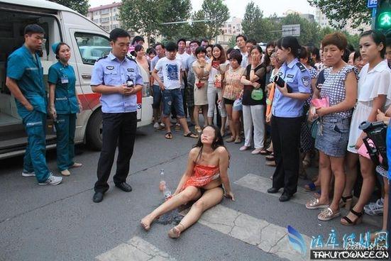 郑州裸奔女街头被围观,精神病人为什么喜欢裸奔?