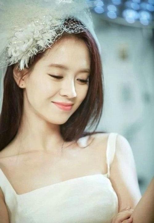 女主颜值爆表的韩国r级片,韩国r级世界是指样的电影?照进阳光的电影之类的电影图片