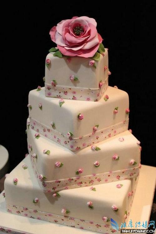 高颜值的翻糖蛋糕原料是什么?翻糖蛋糕师的工资是高薪吗