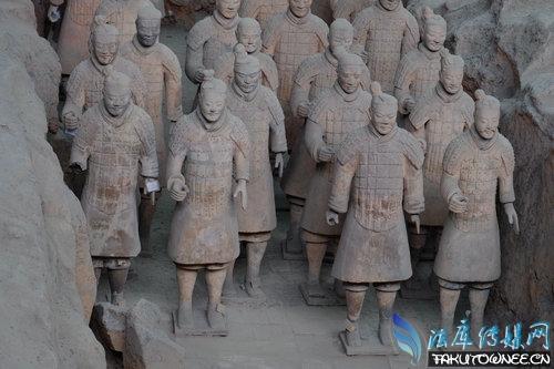 秦始皇陵里动物世界,秦始皇陵现在开挖了没有?