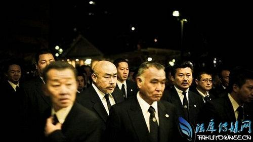 日本黑社会处死女人海豚女是真的吗?真实的山口组黑帮是什么样的?