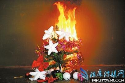 圣诞喷雪遇火会发生爆炸,圣诞喷雪喷出来的是什么材料?