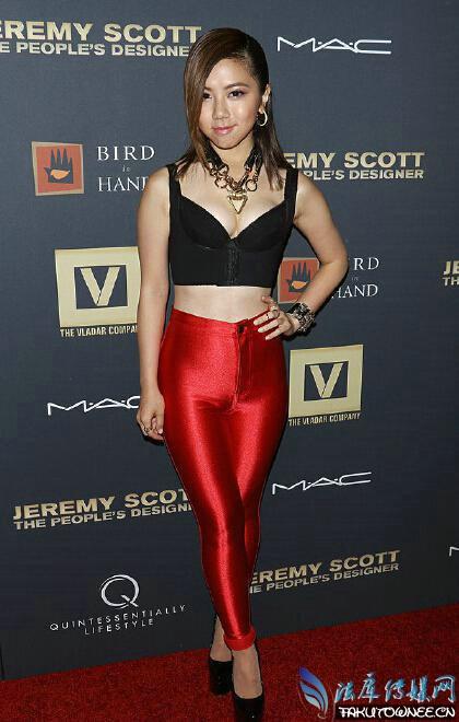 女星邓紫棋为什么喜欢穿皮裤?邓紫棋的真实身高是多少?