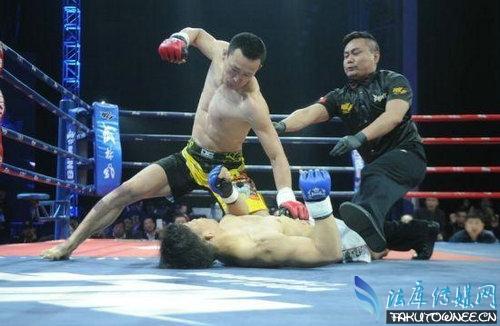 日本挑衅中国拳手被一拳ko倒地,拳击比赛假如打死人怎么处理?