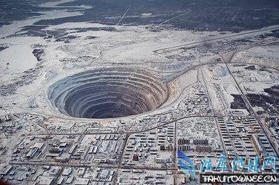 世界最深的人工钻井灵异事件揭秘,地面距离地心的距离是多少米?