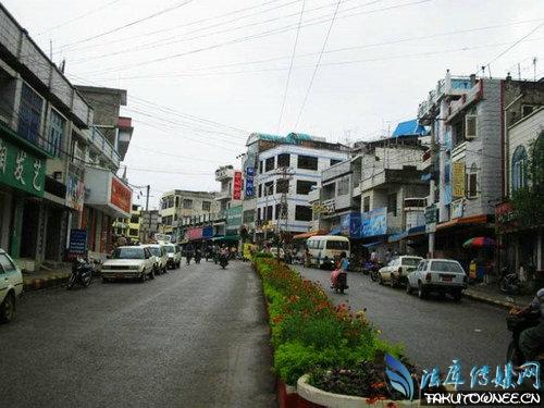 缅甸木姐市的实拍街景,缅甸整体的经济水平怎么样?