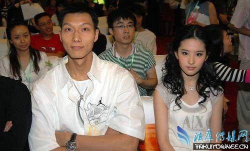 易建联与刘亦菲曾经恋爱过?易建联的历任女友大盘点