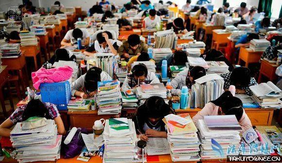高考失利后是上三本还是复读?三本和专科之间该如何选择?