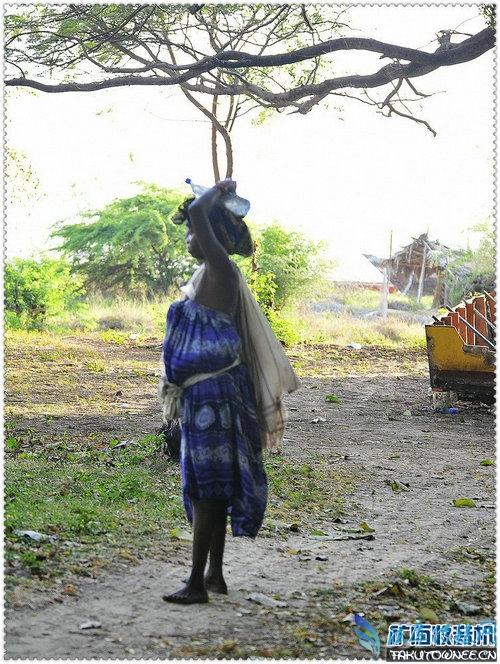 实拍非洲肯尼亚的农村真实图片,肯尼亚的人均收入是多少?