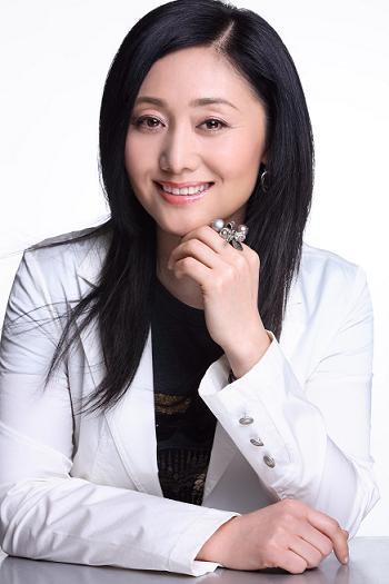 电视剧欢乐颂2中包奕凡的妈妈死了吗?包太太是谁演的?