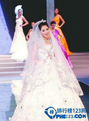 世界上最贵的婚纱有多贵?婚纱是哪个国家发明出来的?