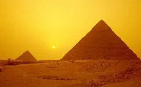 埃及旅游的最佳季节是几月份?金字塔在埃及的哪座城市?