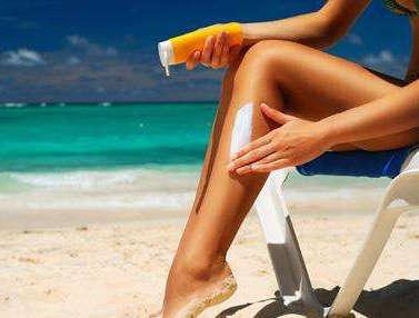 夏季化妆时防晒霜应该什么时候涂?夏季不做防晒的后果是什么?