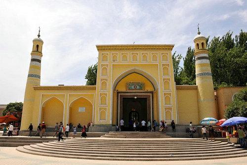 最大的清真寺_中国四大古代清真寺在哪里?去清真寺游玩有什么需要注意的 ...