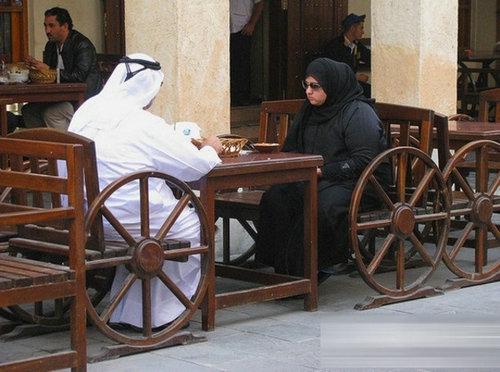 卡塔尔的女人很开放吗?卡塔尔女人的真实生活揭秘