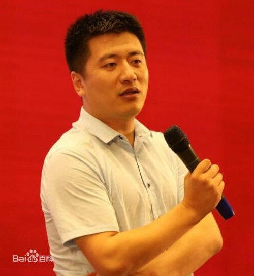 张雪峰是哪个大学的老师 张雪峰老师是怎么火起来的