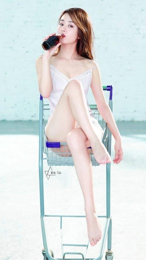 赵丽颖的脚只有34码?女性脚太小买不到鞋怎么办?