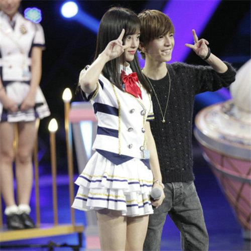 鞠婧�t和郭敬明合照暴露身高短板,鞠婧�t的真实身高到底是多少?