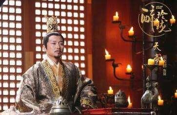 醉玲珑莲妃画的男子画像是谁?醉玲珑两个皇帝的关系梳理,莲妃喜欢的是天帝还是穆帝?