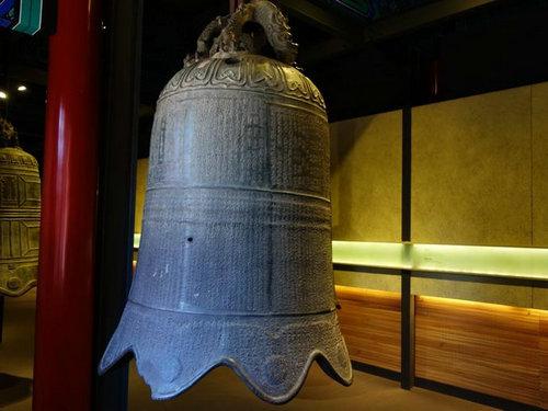 世界最大的佛钟是在哪?在佛教中敲钟的目的是什么?