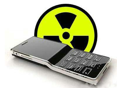 手机开启飞行模式也有辐射!睡觉不关手机危害严重
