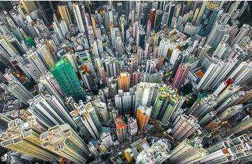香港的房价有多少钱一平?香港人一个月能赚多少钱?