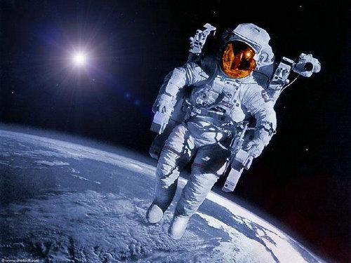 空间站宇航员一般要呆多久?空间站是怎么建造在天上的?