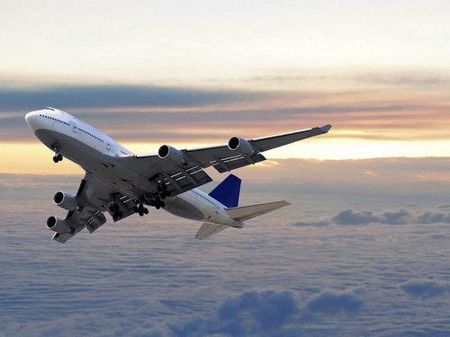 美国本土有动车吗?美国坐飞机很便宜吗?