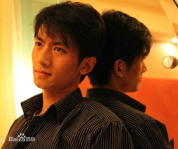 那年花开月正圆张天阳饰演的吴泽最后做官了吗?清代举人都有哪些待遇?
