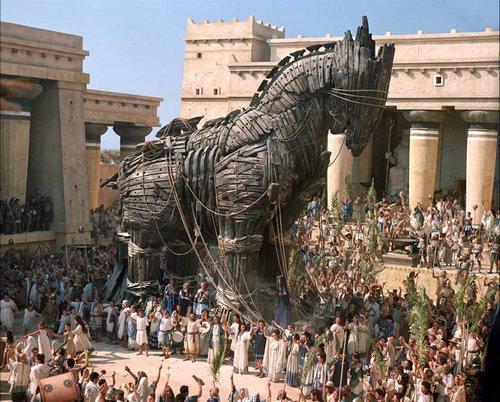 特洛伊在现在的哪里?古希腊在当时是一个国家吗?