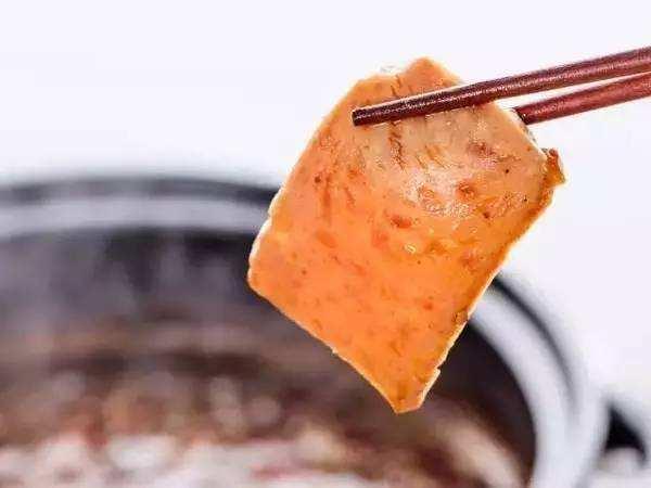 午餐肉为什么叫做午餐肉?午餐肉是肉吗做的吗?