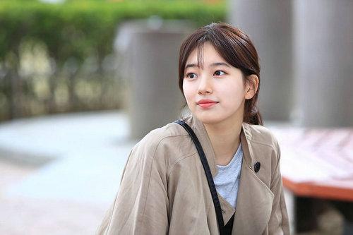 裴智秀在韩国很红吗?裴智秀为什么和李敏镐分手?
