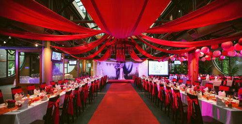 中式婚礼为什么重新开始流行了?办一场中式婚礼需要多少钱?