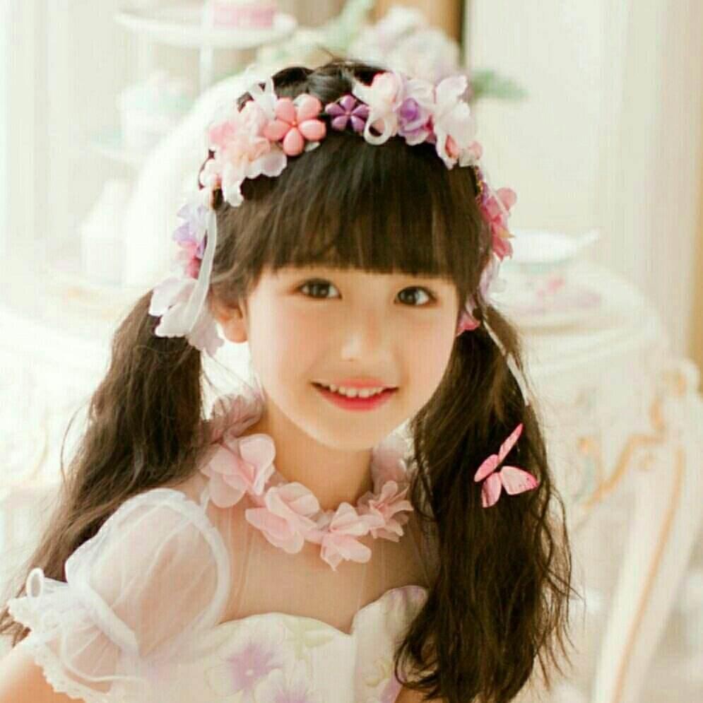 天天向上中的小仙女裴佳欣个人资料介绍,裴佳欣爸爸妈妈是谁图片