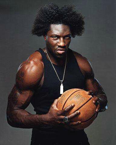 NBA历史上罚球最不准的人是谁?中锋为什么罚球不准?