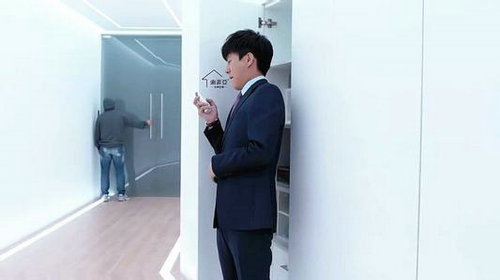 恋爱先生诊所玻璃为什么可以变色?舒克诊所在北京真的存在吗?