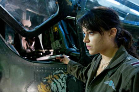 阿凡达电影中开飞机的女的是谁演的?米歇尔·罗德里格兹是同性恋吗?
