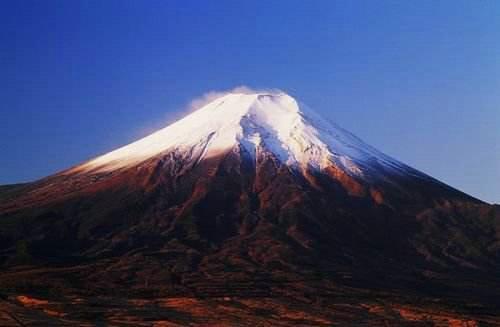 富士山上次火山喷发是哪时候?富士山为什么会常年积雪?