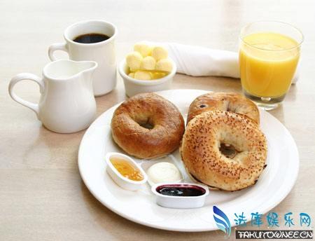 美国人早餐一般都吃什么?中国人是最会吃的民族吗?