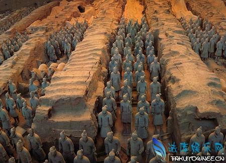 兵马俑有多少年的历史了?兵马俑为什么不继续挖了?