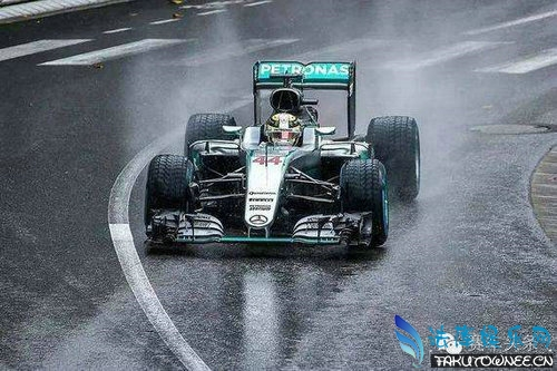f1赛车为什么要暖胎?f1赛车可以上路吗?