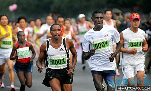 跑马拉松对身边有好处吗?胖子能跑马拉松吗?