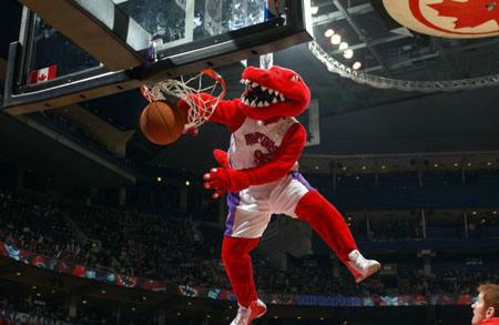 猛龙队为什么在加拿大?猛龙是哪年加入NBA的?