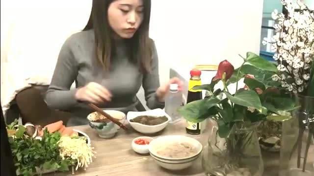 办公室小野公司是做什么的?为什么能在办公室做饭?