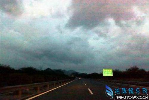 高速公路为什么不建路灯?国外高速公路有路灯吗?