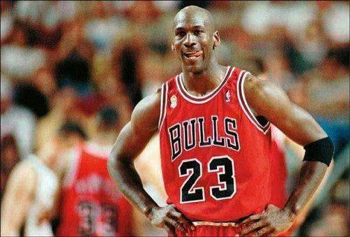 乔丹为什么被称之为篮球之神?乔丹是不是被过度神话了?