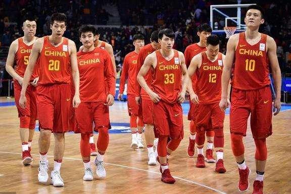 中国篮球为什么后卫不行 男篮不出后卫的原因