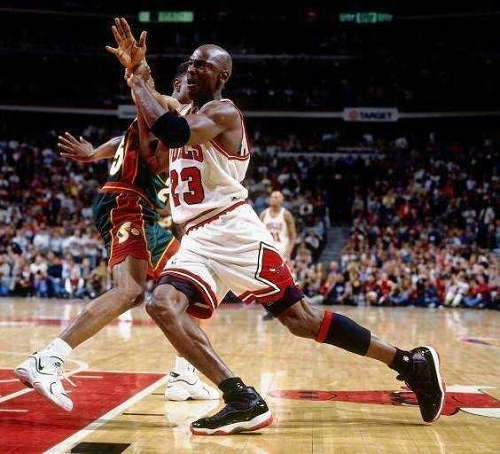 NBA球员的小腿为什么那么细 黑人小腿细是天赋吗