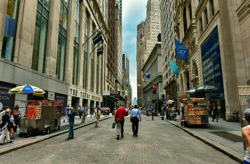 华尔街是干什么的 华尔街为什么名声那么大